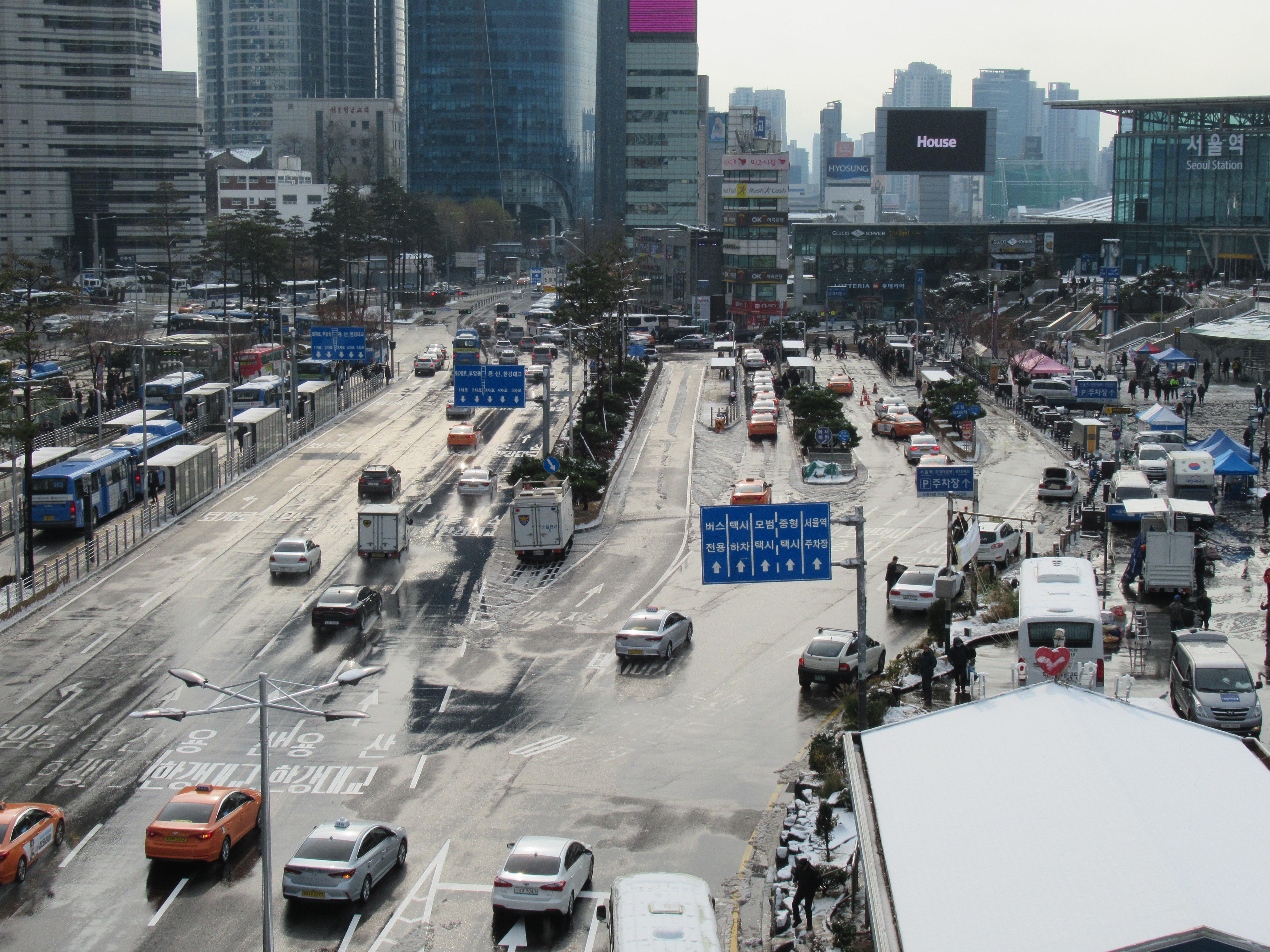 ソウルでタクシーの乗り口と料金のレビューと珍道中|韓国ブログ旅