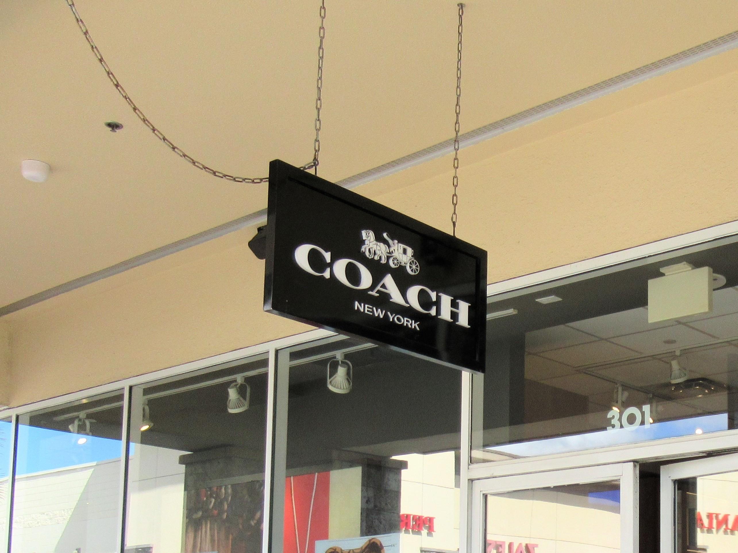 ハワイでコーチ☆2019年はアウトレットで財布3つをまとめ買い|子連れブログ旅