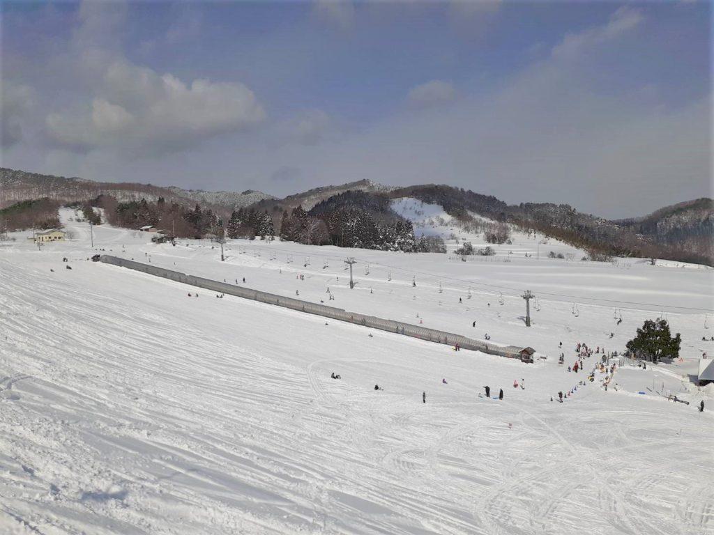 雪山 スキー スノーボード 雪遊び 持ち物 便利